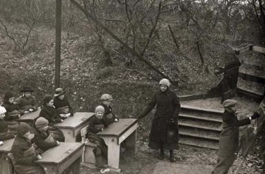Open air school in the Netherlands, 1918