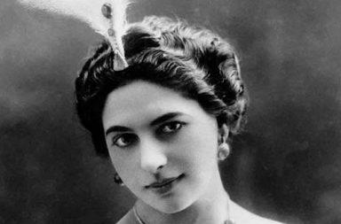 Mata Hari, the notorious WWI spy, 1905-1917