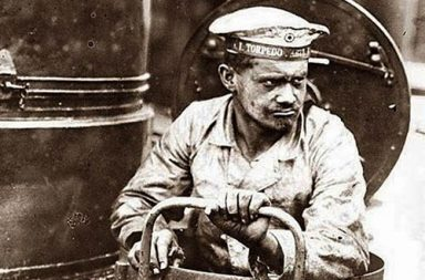 Crewman of a German U-boat, 1916