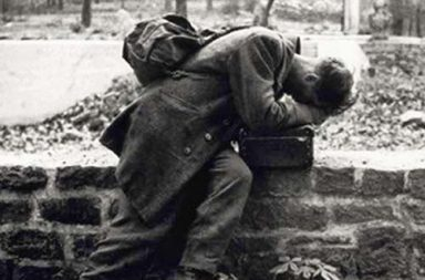 German soldier returns home only to find his family no longer there, 1946