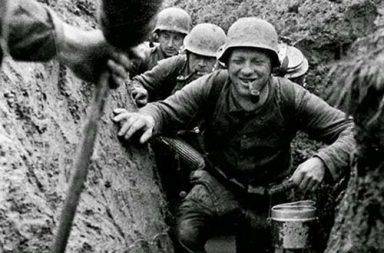 German soldiers in the flooded trenches, 1943
