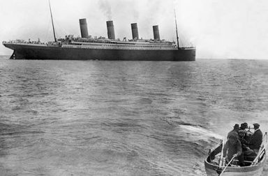 The last photo of the Titanic afloat, 1912
