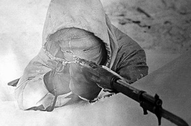 Simo Hayha, The white Death in his winter camouflage, 1940