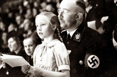 Himmler with his daughter, 1938