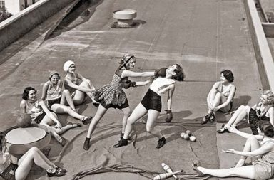 Women boxing on a roof, 1938