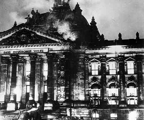 Image result for Reichstag fire in 1933, pictures
