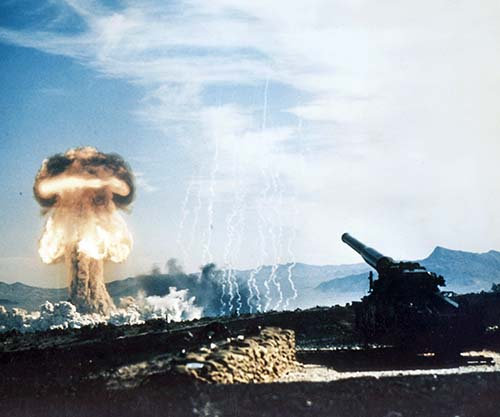 Atomic Annie Firing The First Atomic Artillery Shell 1953