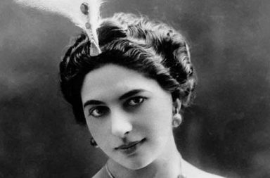 Mata Hari, the notorious WWI spy, 1905-1917