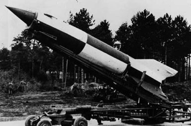 V-2 rockets in pictures, 1940-1945