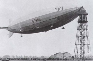 Loading passengers onto an airship from a mooring mast, 1930s