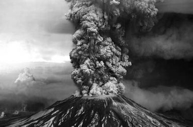 The Eruption of Mount St. Helens in pictures, 1980