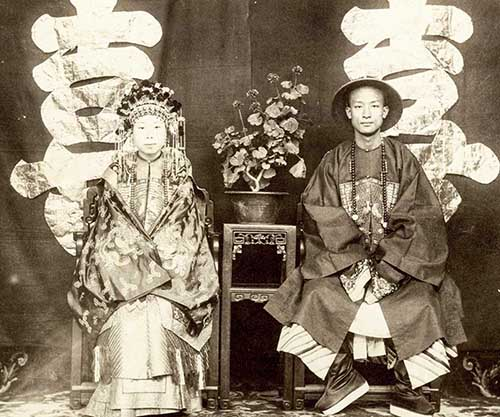 A rare view of China's last dynasty, 1870-1880