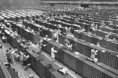 The massive FBI's fingerprint files, 1944