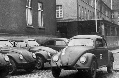 "Producing the ""People's Car"" of Germany, 1945-1960"