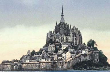 Spectacular photochrom postcards capture France in vibrant color, 1890-1900