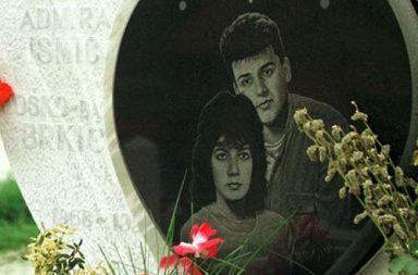 The story of Sarajevo's Romeo and Juliet, 1993