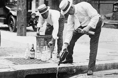 When Americans said goodbye to alcohol, 1920-1933