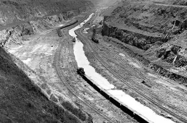 The construction of Panama Canal in rare pictures, 1881-1914