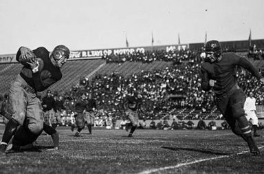 The early violent days of the American football, 1902-1924