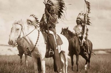 A rare photo collection of Native American life in the early 1900s, 1904-1924