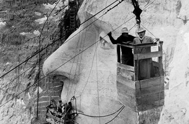Carving the iconic Mount Rushmore, 1927-1941