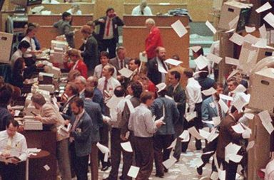 The Black Monday of 1987 in historical photographs, 1987
