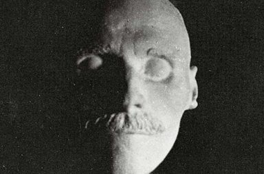 A haunting photo collection of famous people's deaths masks, 1300-1950