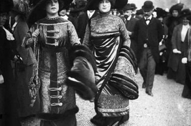 French fashion through old street style photographs, 1910-1920